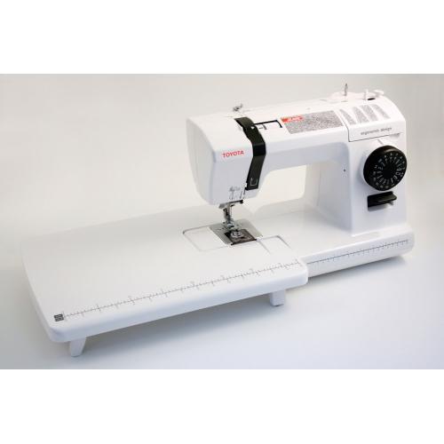 Электромеханическая швейная машина Toyota JEANS17CT