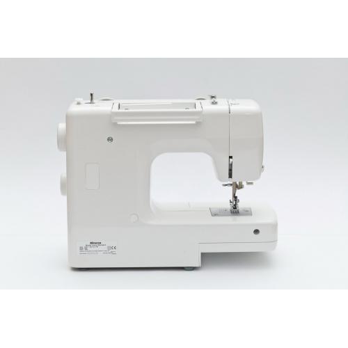 Електромеханічна швейна машина Minerva JStandard